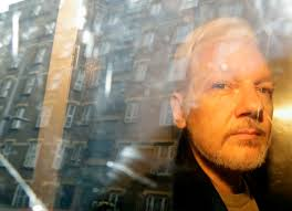 WikiLeaks: London court delays Assange extradition hearing
